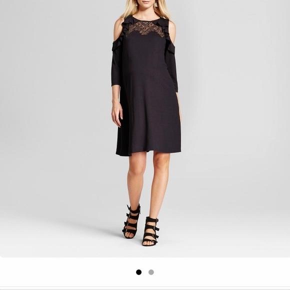 b4eecd1819d7 isabel maternity for target Dresses & Skirts - Cold shoulder Ruffle maternity  dress
